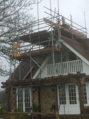 scaffolding-erected-house-in-chichester.jpg